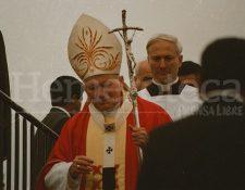 Juan Pablo II en sus visitas a Guatemala marcó la historia del pueblo católico.  (Foto Prensa Libre: Hemeroteca PL).