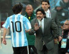 Diego Maradona dirigió a Lionel Messi en la Selección de Argentina. (Foto Prensa Libre: Hemeroteca PL)