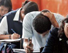 Este año los graduandos deberán desarrollar procesos a distancia en sustitución de practicas. Fotografía: Prensa Libre (Esbin García).