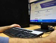 El sistema electrónico para suspensión de contratos de trabajo se habilitó el 8 de abril, pero  los sistemas y procesos han tenido varios cambios a la fecha. (Foto, Prensa Libre: Hemeroteca PL).