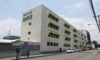 El de la zona 9 es un hospital centinela del IGSS para atender enfermos de coronavirus. (Foto Prensa Libre: Hemeroteca PL)