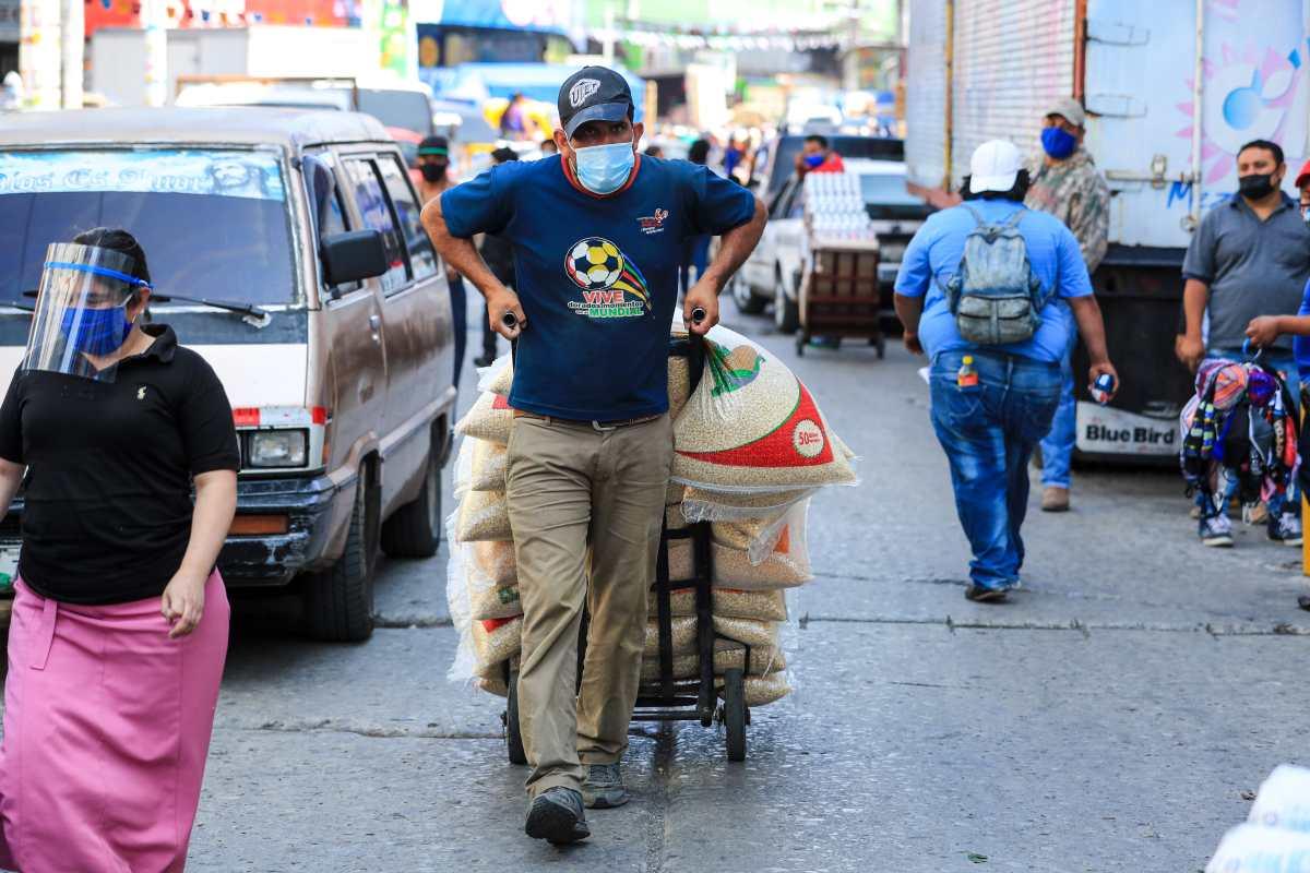 BAM recibe línea de crédito para atender pequeñas y medianas empresas afectadas por pandemia