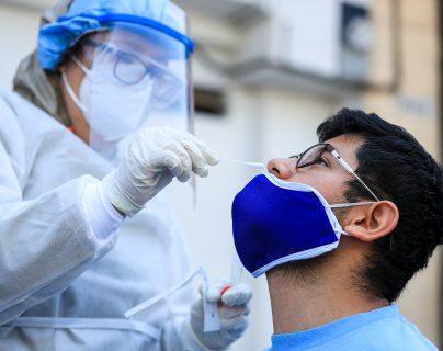 Fotogalería: vendedores de La Terminal son sometidos a jornada de pruebas de coronavirus