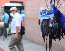 La demanda de productos covid-19 incrementó sustancialmente en Guatemala y algunos productos se comercializan en redes sociales por empresas formales e informales que no emiten factura, según la SAT. (Foto Prensa Libre: Hemeroteca)