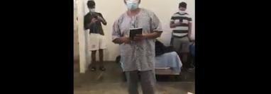 El video que los pacientes del hospital temporal compartieron en las redes sociales tarda 6 minutos. (Foto Prensa Libre: captura de pantalla)