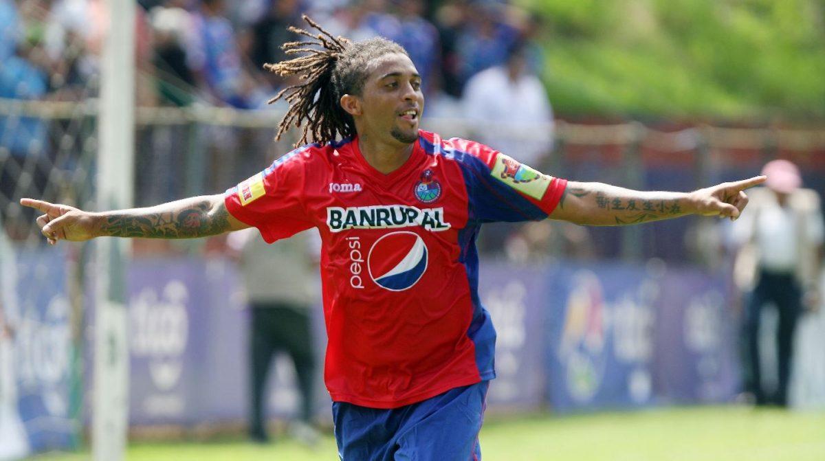 """Grande crack"", el 'Pando' Ramírez felicita a Alejandro Díaz por su golazo frente a Antigua"