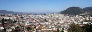 Este es el crecimiento que ha tenido la ciudad de Xelajú. (Foto Prensa Libre: Mynor Toc)