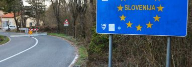 El gobierno esloveno puso fin al cierre de fronteras, luego de haber declarado el fin de la epidemia del coronavirus en el país. (Foto Prensa Libre: EFE)
