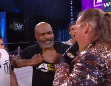 Mike Tyson y Chris Jericho tienen una rivalidad desde hace una década. Foto Prensa Libre: Toma de video