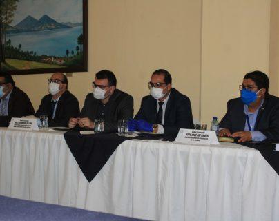 La Oficina de Relatores Contra la Tortura ya recomendó la contratación de más médicos. (Foto Prensa Libre: Byron García)