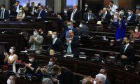 Sesi—n Plenaria en el Congreso de la Repœblica, diputados votan a favor y rechazan veto del decreto 15-2020.  foto Carlos Hern‡ndez 30/04/2020