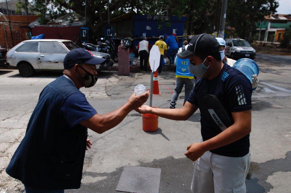 Guatemala alcanza los 900 casos de coronavirus y 24 fallecidos