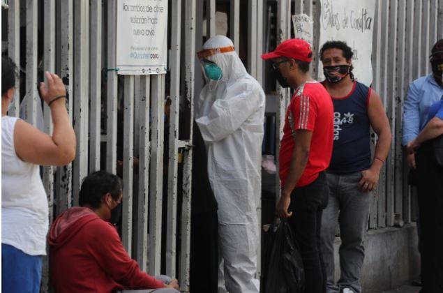 Las autoridades de salud tienen un protocolo para hacer evaluaciones a los casos sospechosos. (Foto Prensa Libre: Érick Ávila)