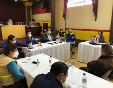 Reunión de Comité de Operaciones de Emergencia de Totonicapán. (Foto Prensa Libre: Hemeroteca PL)