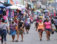 La municipalidad de Escuintla pide que se declare un cordón sanitario en el lugar debido al aumento de casos por covid-19 (Foto Prensa Libre: Carlos Paredes)