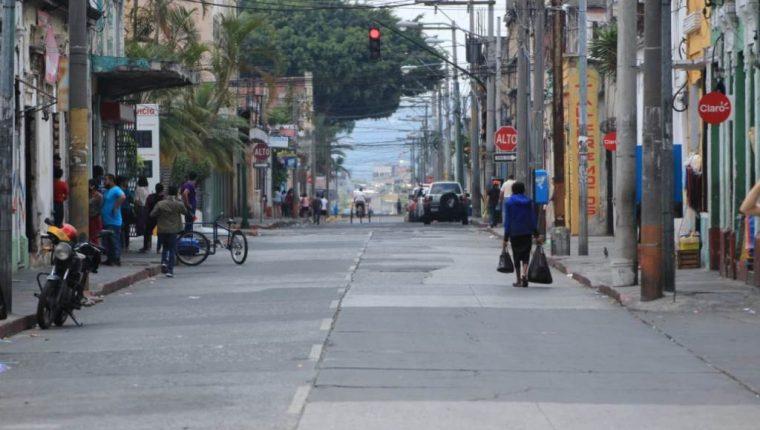 Guatemala vive el primer día de encierro total para evitar contagios de coronavirus. (Foto Prensa Libre)