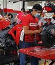 Honda Motos aumenta las medidas sanitarias para cuidar a sus colaboradores y a clientela que llega a sus salas de ventas. Foto Prensa Libre: Cortesía