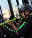 En ciudades como Los Ángeles, la Policía también se enfrentó a los manifestantes en su intento por controlarlos.