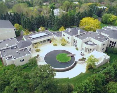 La mansión de Michael Jordan en Highland Park, Chicago. (Foto tomada de  Concierge Auctions)