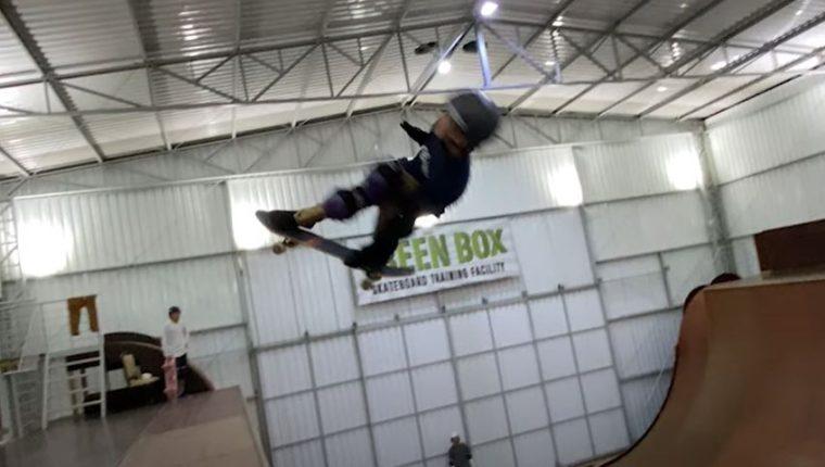 El brasileño Gui Khury es la gran promesa del skate mundial. (Foto Prensa Libre: Captura YouTube X Games)