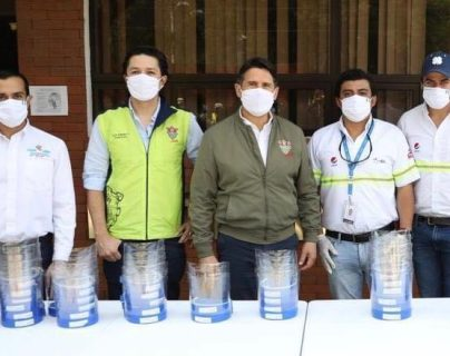 cbc realiza donativo de máscaras protectoras a la Municipalidad y a SAT