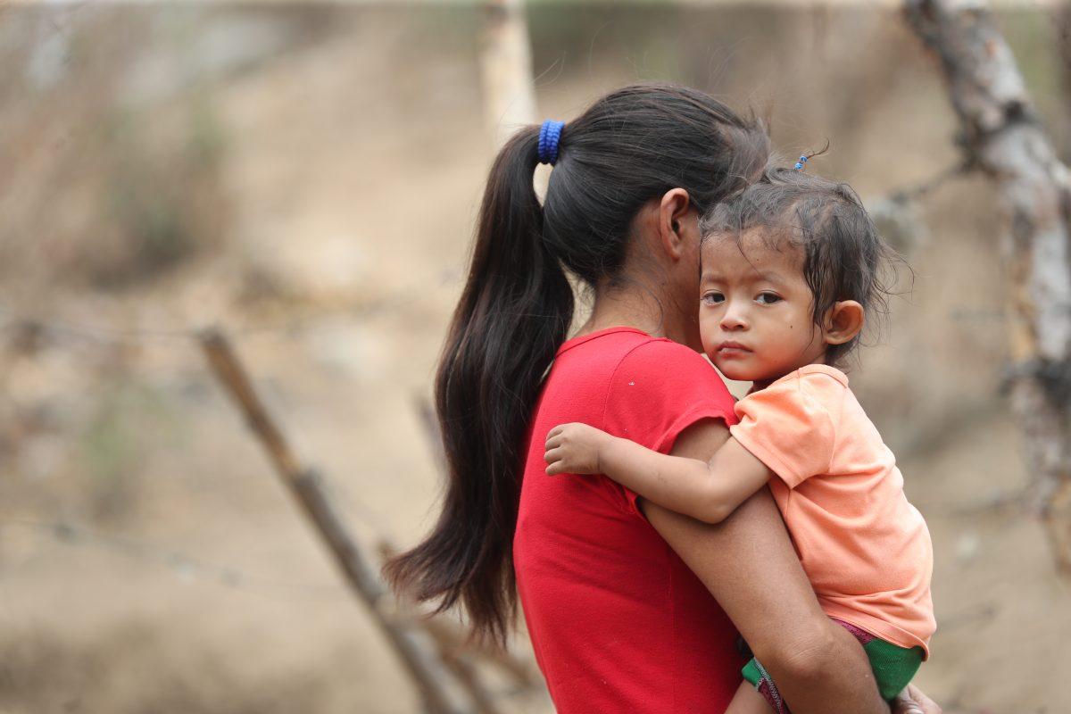 Gisele supera la neumonía y lucha con la desnutrición