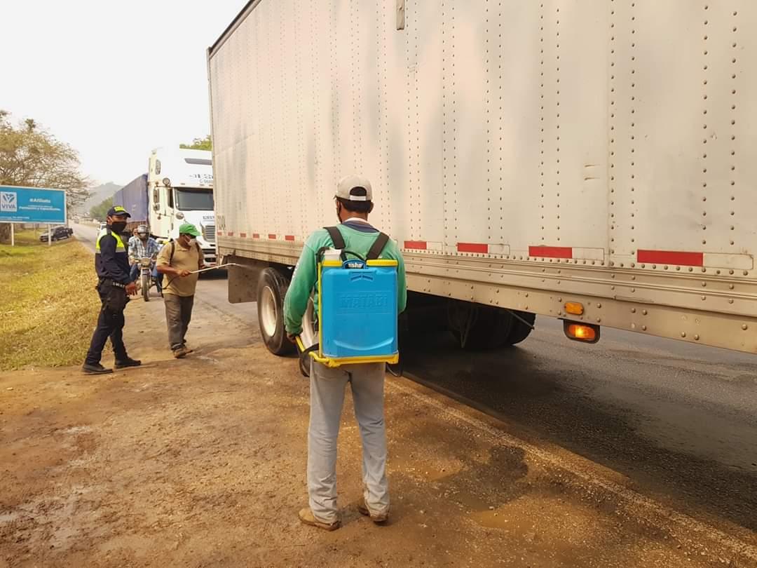 Incrementan medidas sanitarias en el ingreso a San Benito, Petén por caso positivo de covid-19
