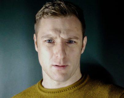 Conor Madden tenía apenas 24 años cuando obtuvo el papel de Hamlet.