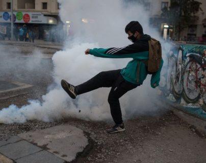 La pandemia solamente ha aumentado la lista de razones para protestar de muchos latinoamericanos.