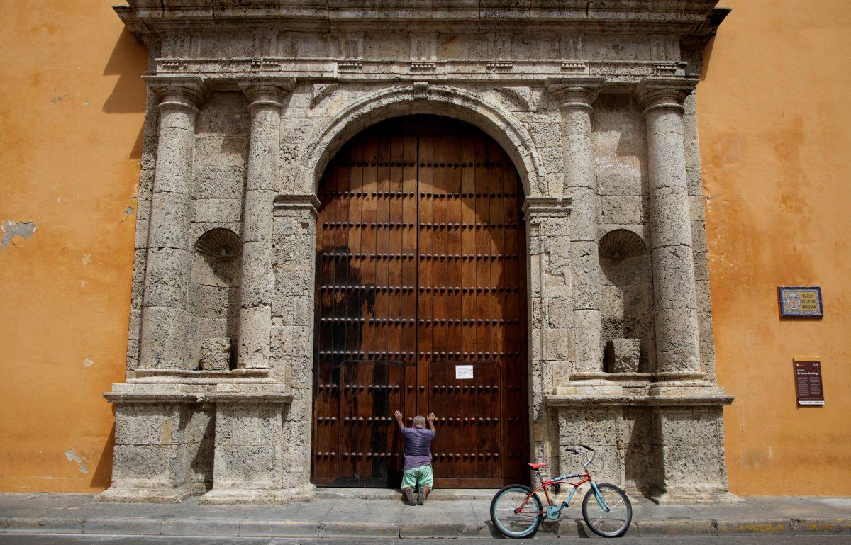 Alerta en Cartagena por acumulación de muertos por covid-19 en casas y hospitales