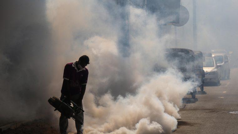 Dengue y huracanes complicarán la respuesta al coronavirus en ...