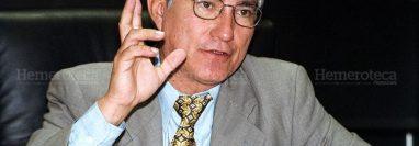 El excanciller Haroldo Rodas fue el único ministro del gobierno de Álvaro Colom que permaneció en los cuatro años de esa administración. (Foto Prensa Libre: Hemeroteca PL)