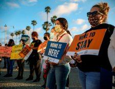 Alrededor de 700 mil jóvenes, en su mayoría hispanos, son dreamers. (Foto Prensa Libre: AFP)