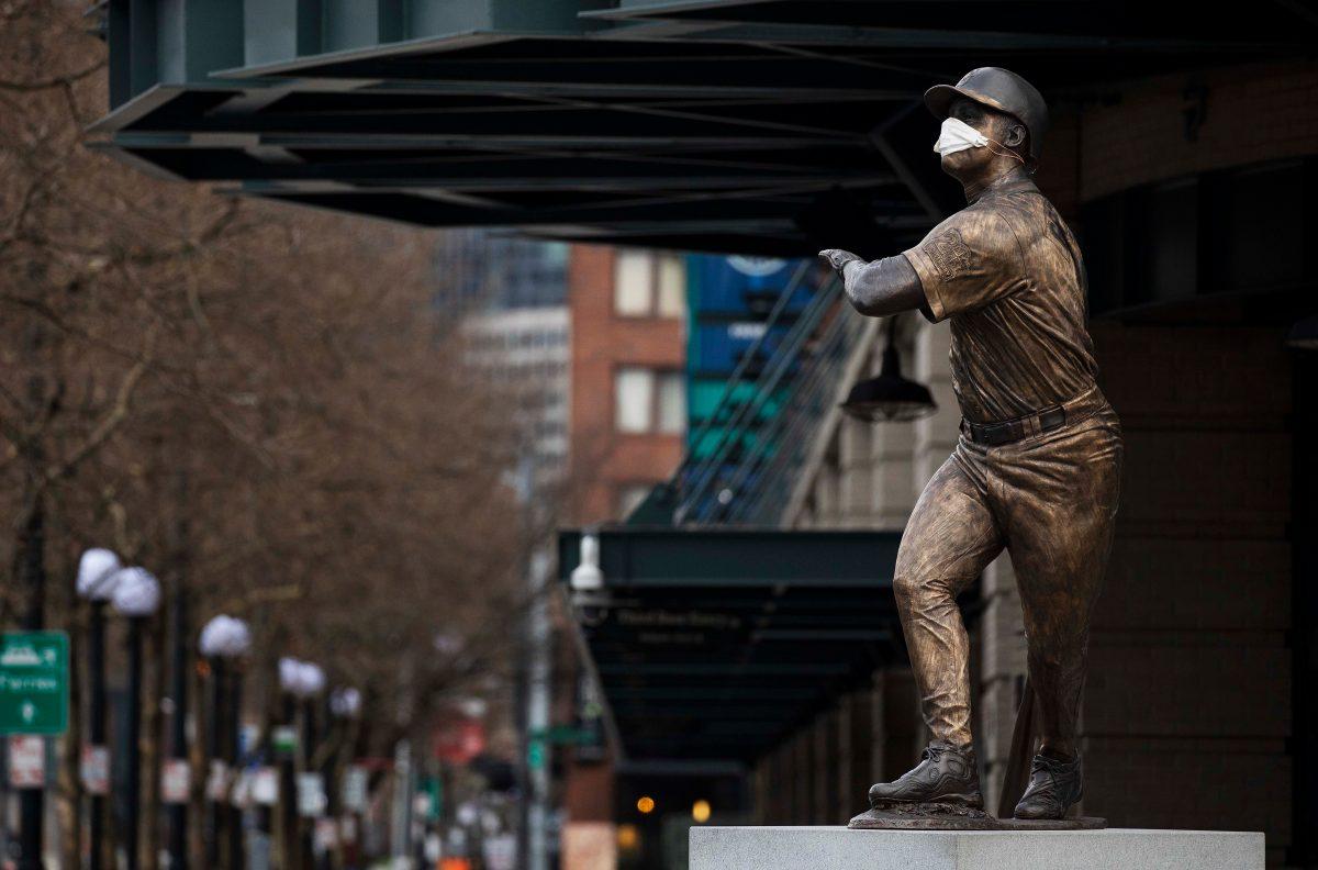 Las nuevas reglas del béisbol: no se puede escupir, tampoco discutir y habrá muchas pruebas