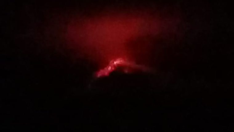 El Volcán de Fuego este 22 de junio. (Foto Prensa Libre: Conred).
