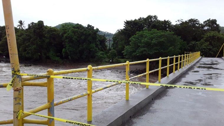 Al menos 40 incidentes se registraron en el país durante el paso de la tormenta tropical Amanda. (Foto Prensa Libre: Conred)