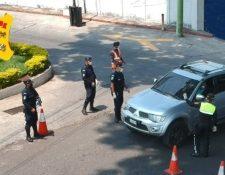 EL paso hacia Malacatán, San Marcos, estaba cerrado por el cordón sanitario impuesto por autoridades ante los contagios de coronavirus. (Foto Prensa Libre: Muni Malacatán)