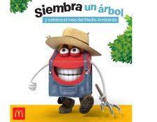 McDonald´s entrega semillas en capsulas para celebrar el mes del medio ambiente. Foto Prensa Libre: Cortesía