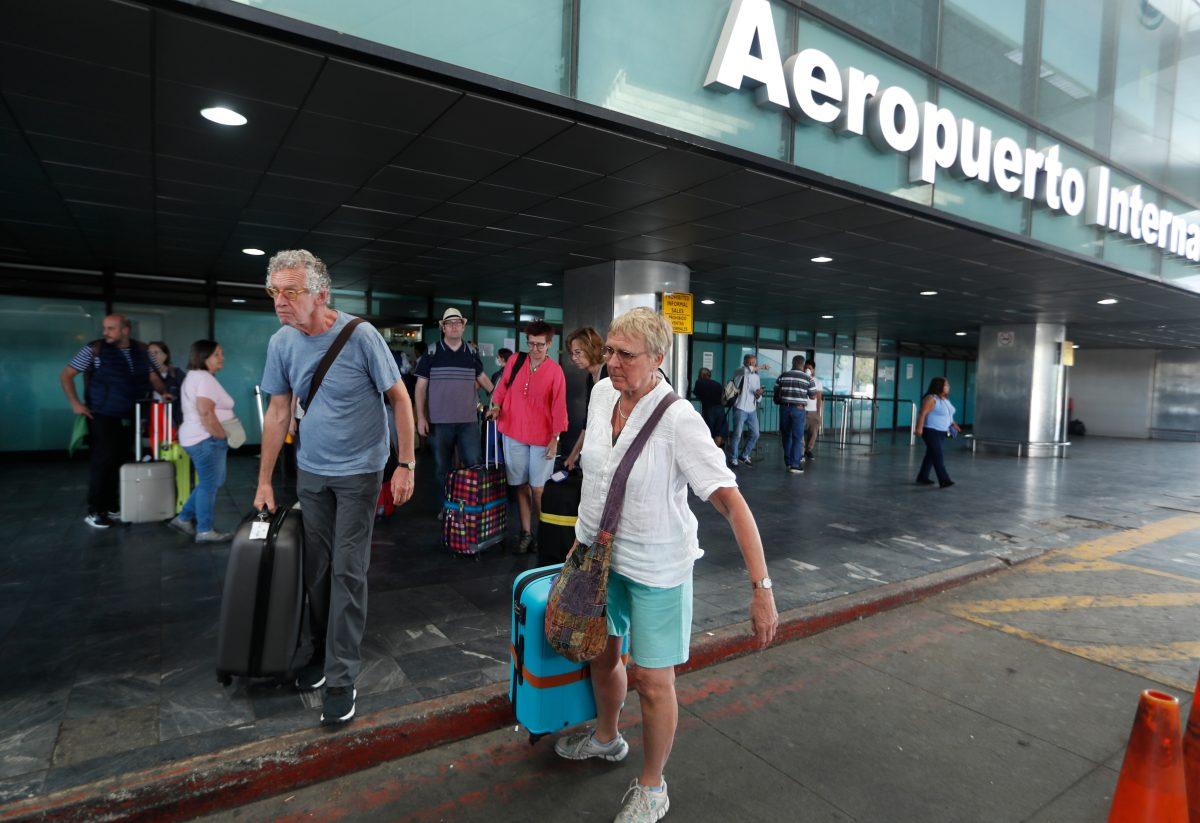 ¿Abren el Aeropuerto Internacional de La Aurora en agosto? Verificamos por usted
