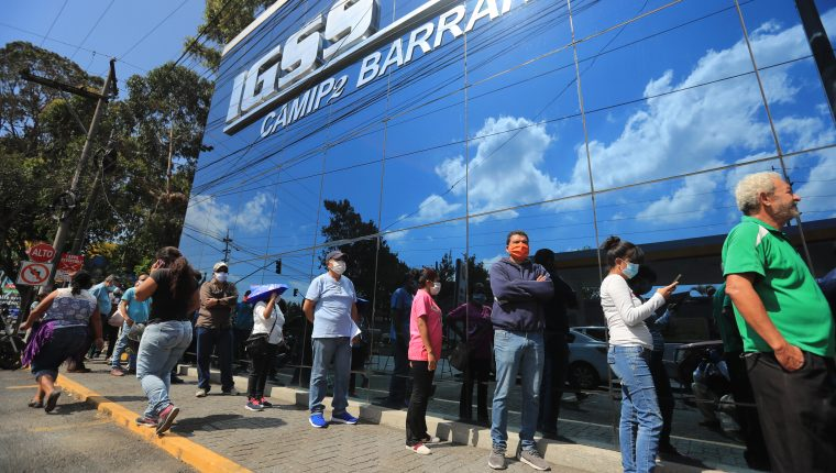 """La PGN señalaba una """"ineficaz administración"""" de Carlos Contreras en la presidencia del IGSS. (Foto Prensa Libre: Hemeroteca PL)"""