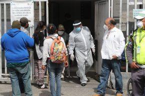 Coronavirus: Las 3 fallas que debe corregir el Gobierno al presentar estadísticas sobre casos de covid-19
