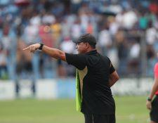 Mauricio Tapia tendrá otra oportunidad para conseguir el título para Comunicaciones. Foto Prensa Libre: Norvin Mendoza