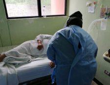 Pacientes con coronavirus se quejan de la falta de insumos en el Hospital Nacional de Antigua Guatemala. (Foto Prensa Libre: PDH).