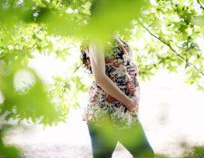 Numerosas advertencias sobre qué evitar durante el embarazo pueden causar estrés innecesario a las mujeres que ya están ansiosas porque están embarazadas. (Melissa Golden / The New York Times)