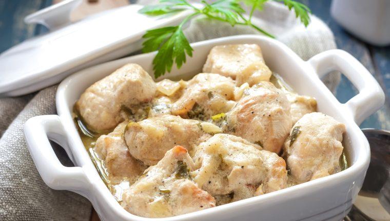 Este pollo se prepara fácilmente. Foto Prensa Libre: Shutter Stock