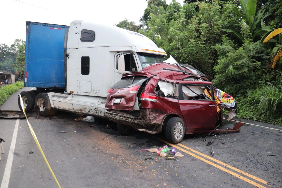 Accionan contra Alejandro Giammattei por prórroga para el seguro de víctimas de accidentes viales