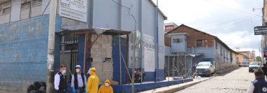 Detectan ocho casos de coronavirus en el Preventivo para Hombres de Santa Cruz del Quiché. (Foto Prensa Libre: Yésica Tol)
