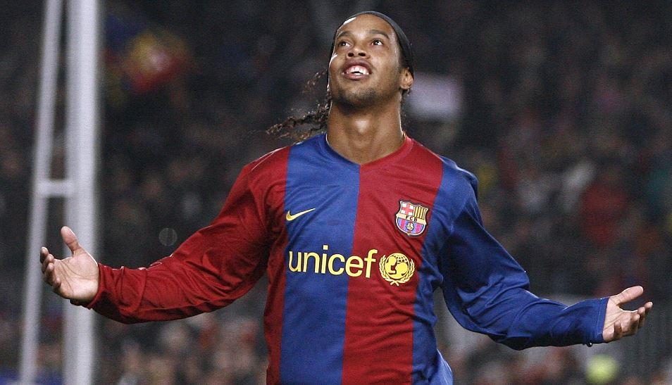 """""""Me ofrecieron 500 mil pesetas para sacar a Ronaldinho del juego"""", la confesión de un exdefensa argentino"""