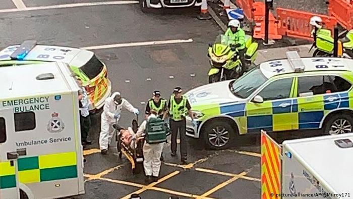 Ataque con cuchillo deja un muerto y seis heridos en Escocia