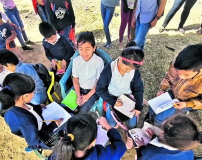 La falta de inclusión en el sistema educativo se ha hecho más evidente con la crisis generada por el covid-19. (Foto Prensa Libre: Hemeroteca PL)